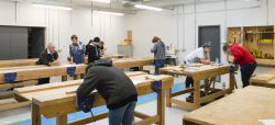 Carpentry and Joinery 学徒 | City & Guilds NVQ Level 2